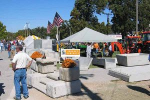 SI Precast Concrete products on display at a farm show